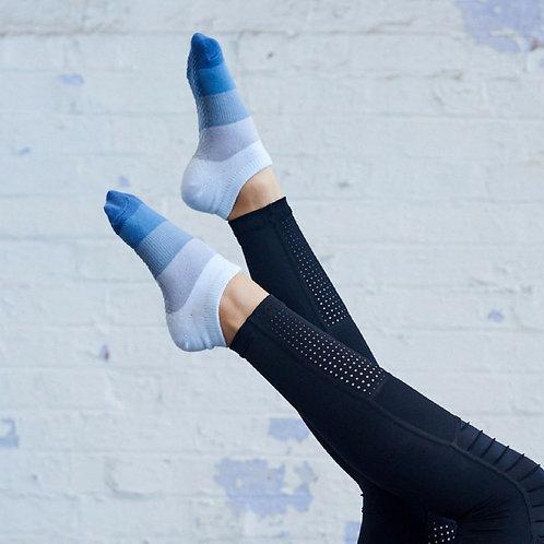 Ombre Sky Non-slip Socks