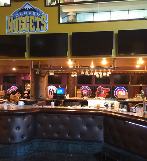 Ray's Sports Bar