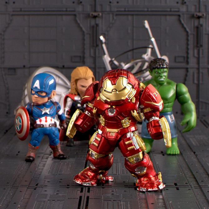 Get your favorite Superheros delivered worldwide to your doorstep!