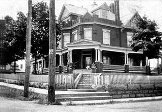 E.W. King House