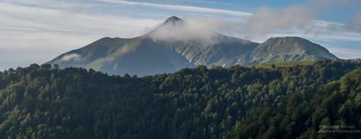Panorama à Iraty sur le pic d'Orhy