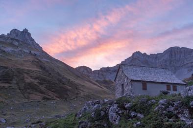 Cabane d'Ardinet, le Coutende aux lumières du soir