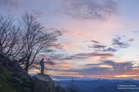 Coucher de soleil sur un rocher du Mondarrain