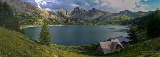 Panorama du lac d'Allos au Mercantour