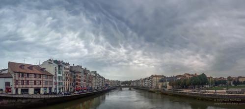 Panorama de Bayonne et la Nive