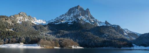 Panorama sur le pic d'Ossau l'hiver
