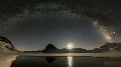 Panorama pic d'Ossau voie lactée