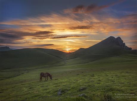 Pic d'Irau, et l'âne au coucher de soleil