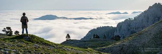 Panorama mer de nuages sur les Tourelles en Barétous