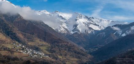 Panorama sur le village d'Aydius en vallée d'Aspe