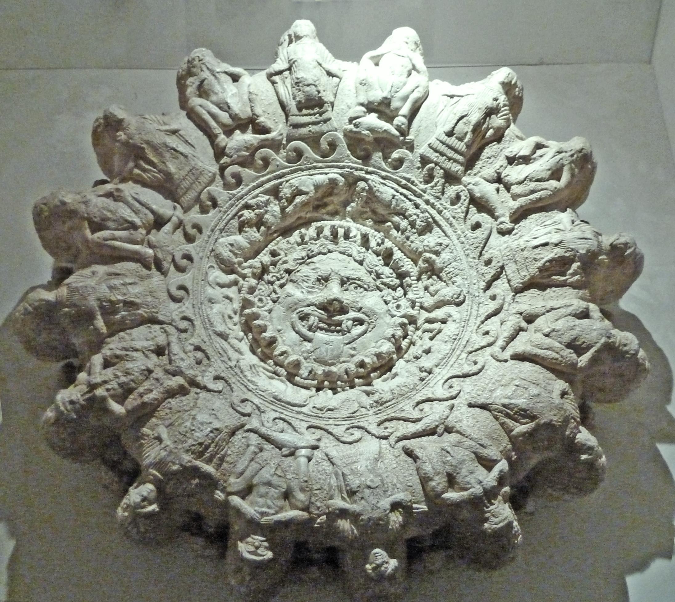 lampadario etrusco
