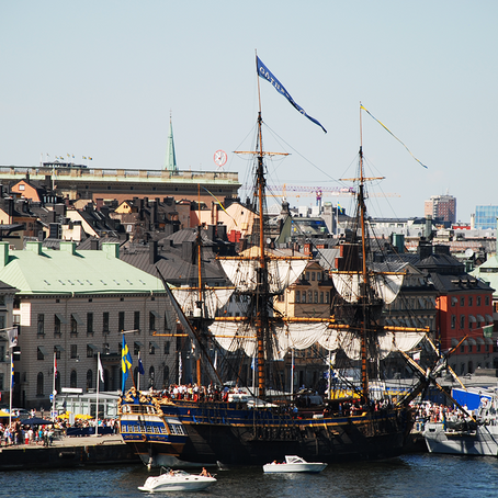 The Swedish Ship Götheborg is heading to Stockholm on her way to Asia