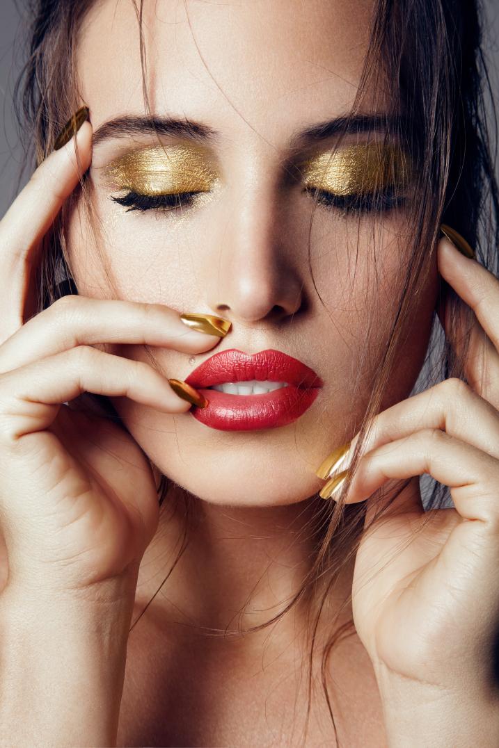 celebrity-makeup-artist-melbourne-gold