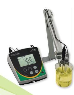 EUTECH Cyberscan pH 700