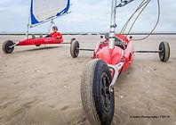 Char à voile dans la Manche à Utah Beach en Normandie