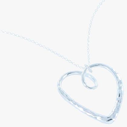 Curly heart pendant