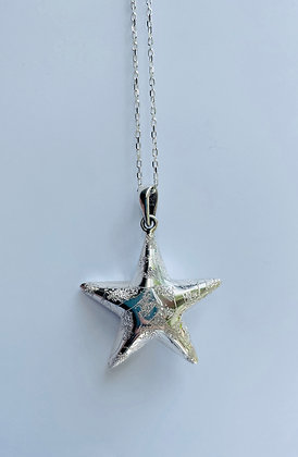 Puffy star pendant