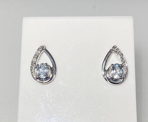 9ct white gold aqua and diamond studs