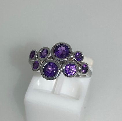 9ct white gold, amethyst ring