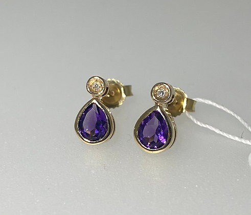 9ct yellow gold amethyst studs