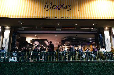 Alexxa-Ext