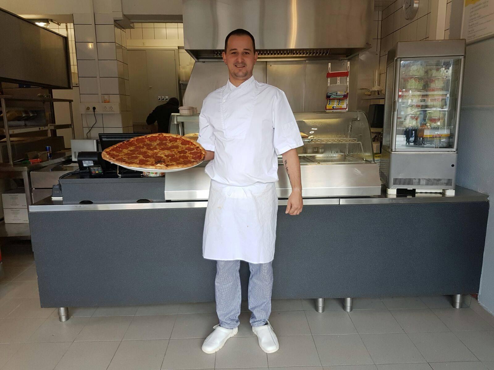 Inhaber Florian Wachter- Pizza Zaggi