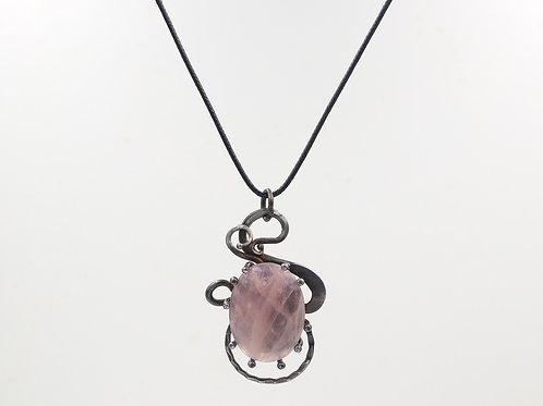 Iron Necklace With Rose Quartz