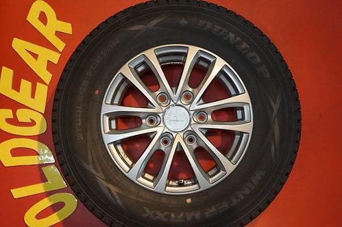D 美品 バリ山 スタッドレス PRODITA 15インチ キャラバン ワゴン NV350