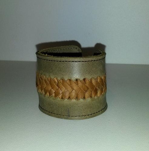 Bracelet kaki à tresse marron