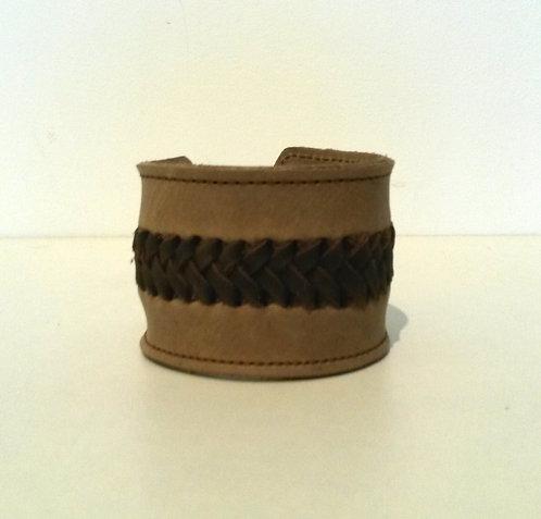 Bracelet beige tressé marron foncé