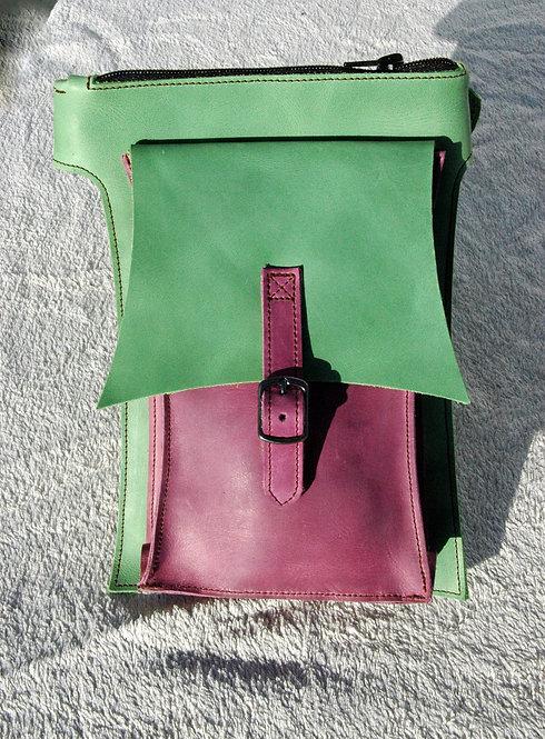 El Bolsillo vert/violet