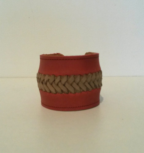 Bracelet rouge tressé beige