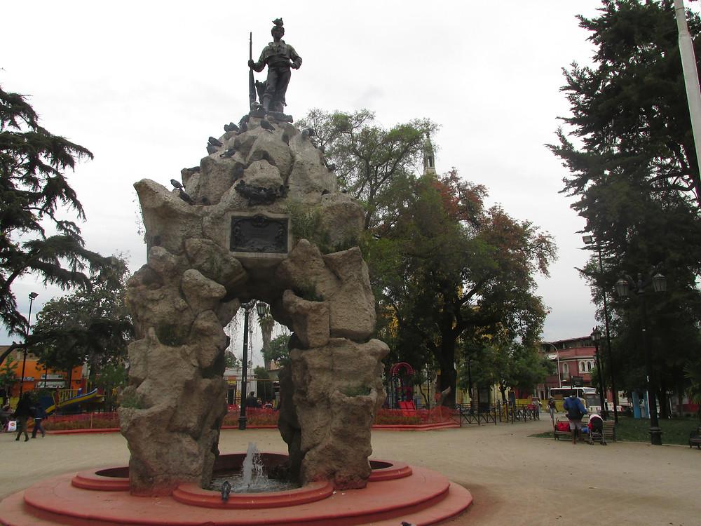 Monumento al Roto Chileno en Plaza Yungay