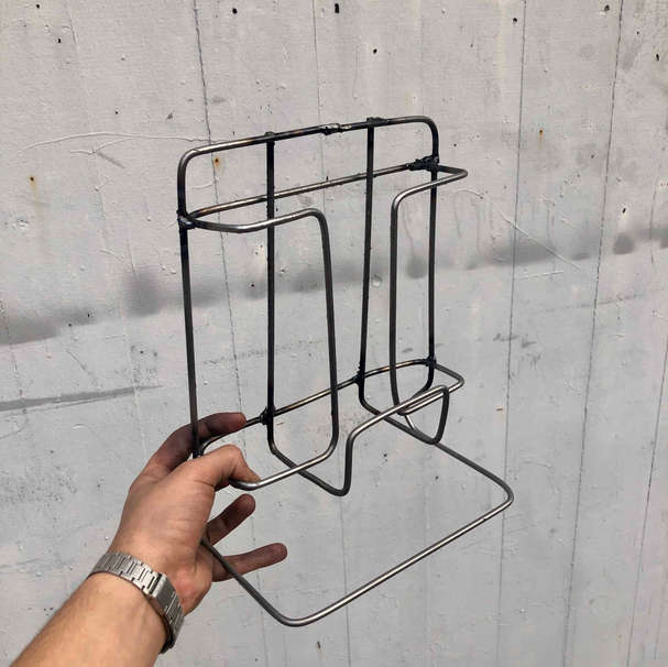 WELDED MAGAZINE RACK