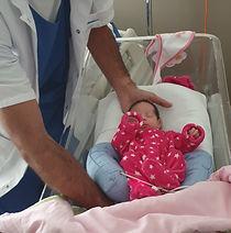 Yan Clavé ostéopathe bébé