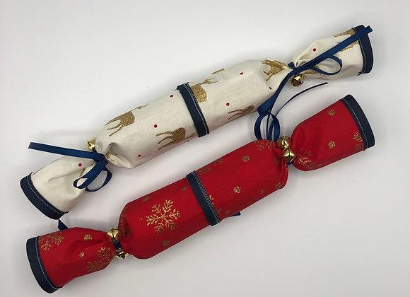 Christmas Crackers set of 2 - Reindeer & Snowflakes