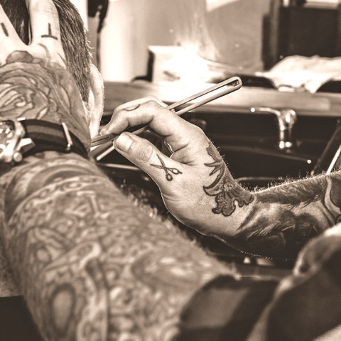 tattooed-barber-1150x647_edited.jpg
