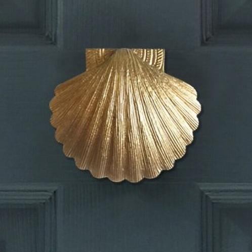SOLID BRASS SHELL DOOR KNOCKER