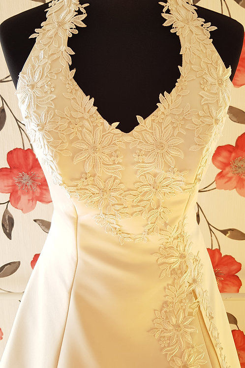 F54 Menyasszonyi ruha