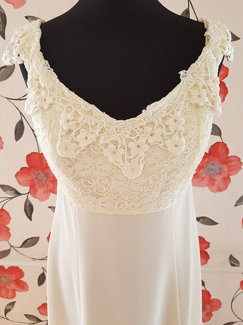 F26 Menyasszonyi ruha