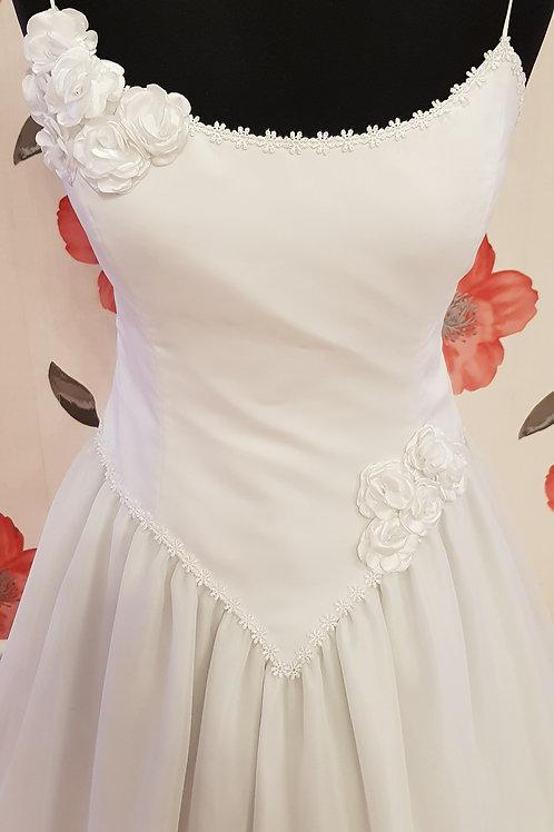 F60 Menyasszonyi ruha