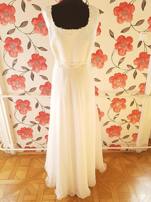 M114 Menyasszonyi ruha