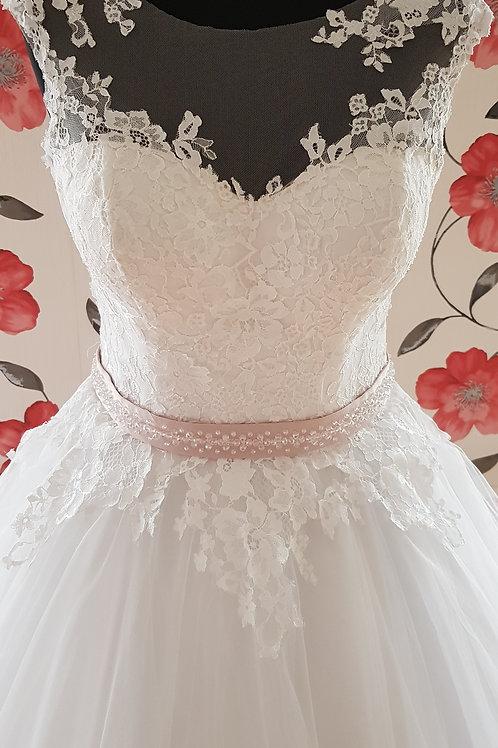 1118 Menyasszonyi ruha