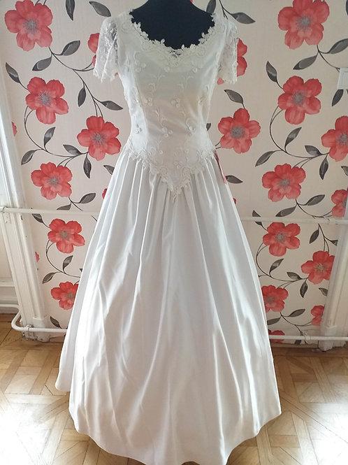 M70 Menyasszonyi ruha
