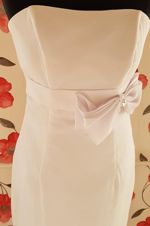 6. Menyasszonyi ruha
