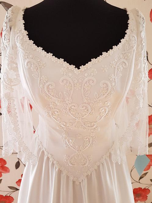 M107 Menyasszonyi ruha