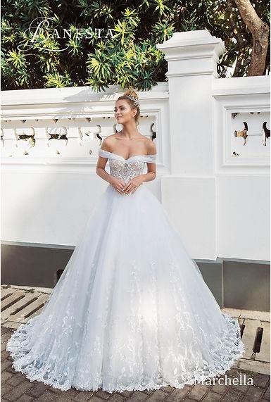 57f222582f 10 2019-es esküvői ruhatrend | Európa Menyasszonyi Ruhaszalon Budapest