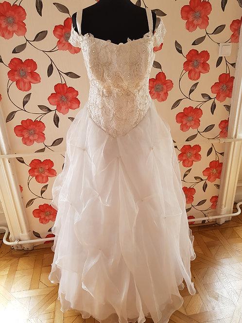 M113 Menyasszonyi ruha