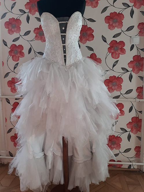 M25 Menyasszonyi ruha