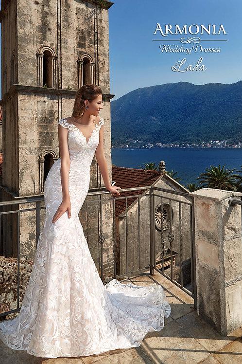 Armonia Lada esküvői ruha